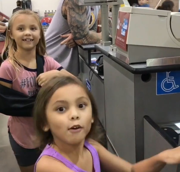 Kids Mistake Costco Cashier For Maui From Moana And He Plays Along